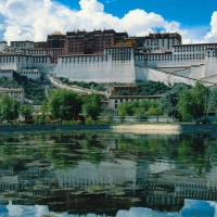 One-day Tibet Essence Bus Tour