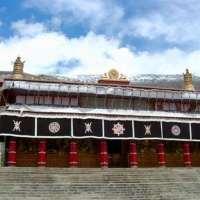 One-day Tibet Monastery Bus Tour