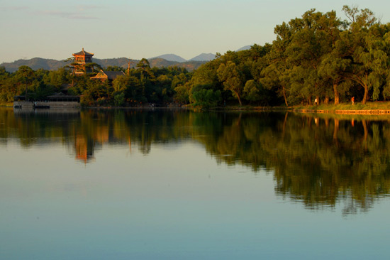 l;ake of Chengde Summer Resort