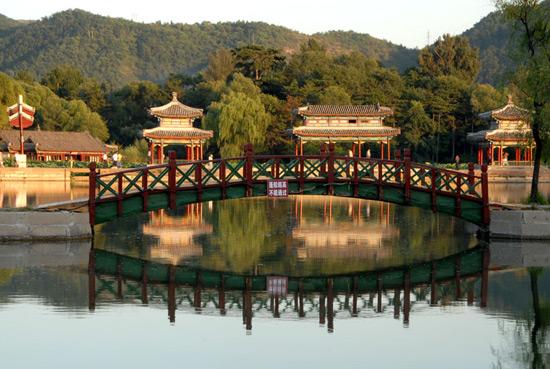 Chengde Summer Resort around Moutains