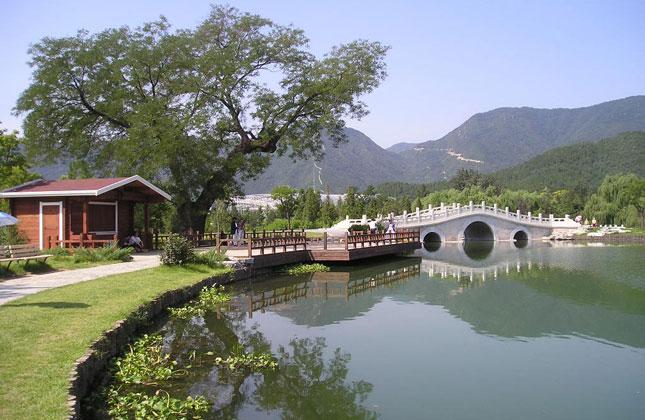 Beijing tour to Western Hills