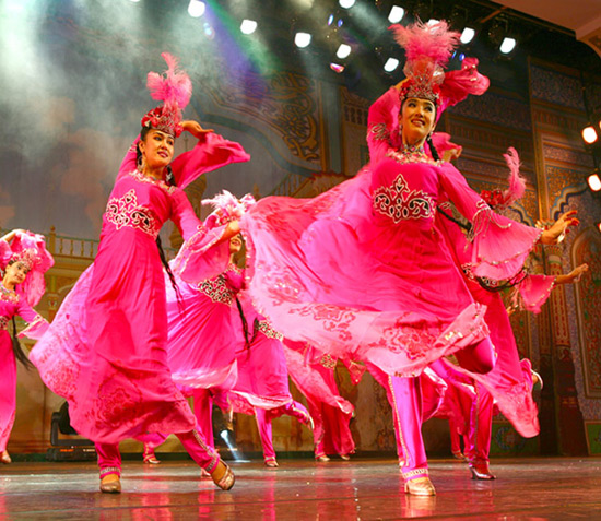 Colorful Chinese Dances