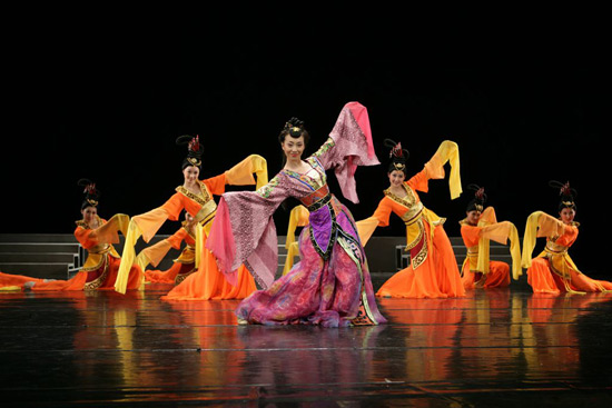 Chinese Dances on Show