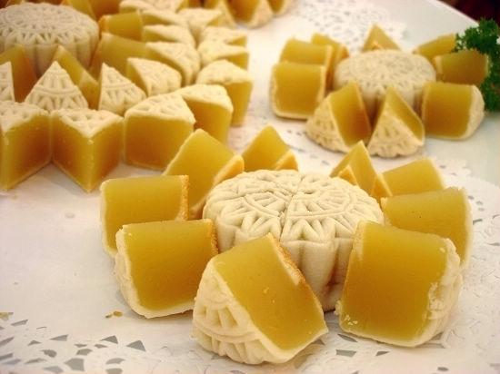 Mid-Autumn Festival-Tasty Chinese Mooncake
