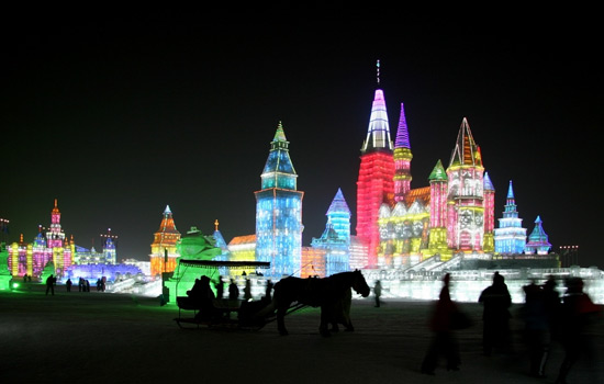 http://www.chinafacttours.com/images/harbin/harbin-international-ice-and-snow-festival/harbin-international-ice-and-snow-festival-179045.jpg