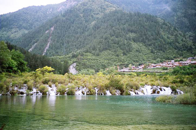 jiuzhaigou valley pictures