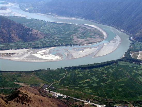 First Bend Of Yangtze